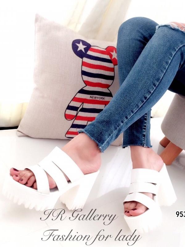 รองเท้าส้นตึก สไตล์Nanda หนังนิ่ม (สีขาว )