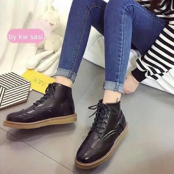 รองเท้าบูทแฟชั่นสีดำ หนังนิ่ม ทรงสวยเท่เก (สีดำ )