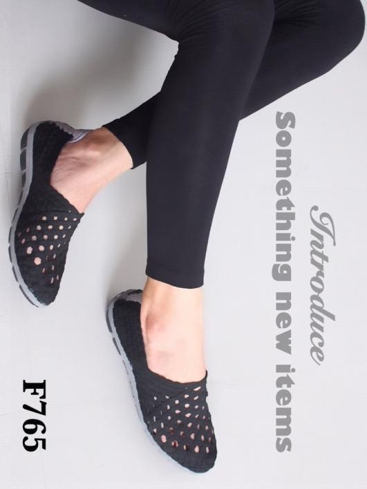 รองเท้าผ้าใบสาน ลำลอง สไตล์สุขภาพ (สีดำ )