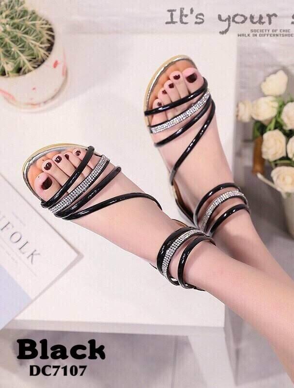 รองเท้าส้นแบนรัดข้อสีดำ ปิดส้น สไตล์เกาหลี (สีดำ )
