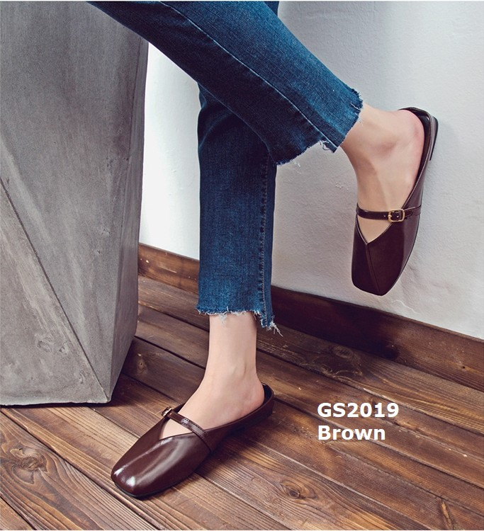 รองเท้าส้นเตี้ยหัวตัดสีน้ำตาล เปิดส้น หนังอย่างดี (สีน้ำตาล )