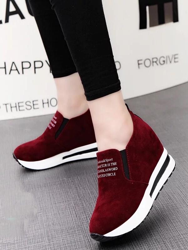 รองเท้าผ้าใบมัฟฟิน สไตล์เกาหลี (สีแดง )