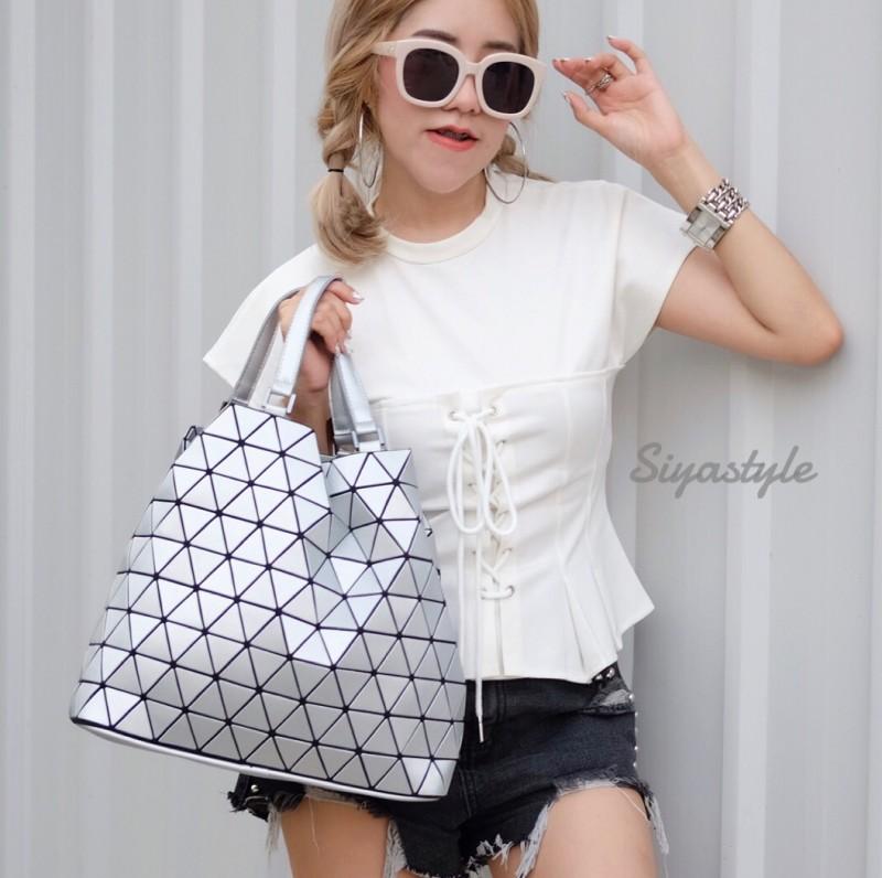 กระเป๋าสะพายแฟชั่น กระเป๋าสะพายข้างผู้หญิง Bao Bao Baral Logo เนื้อด้าน [สีเงิน]