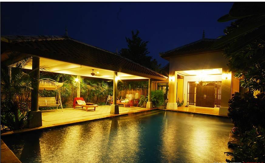 บ้านบาหลี พูลวิลล่า พัทยา (Bali Pool Villa Pattaya)