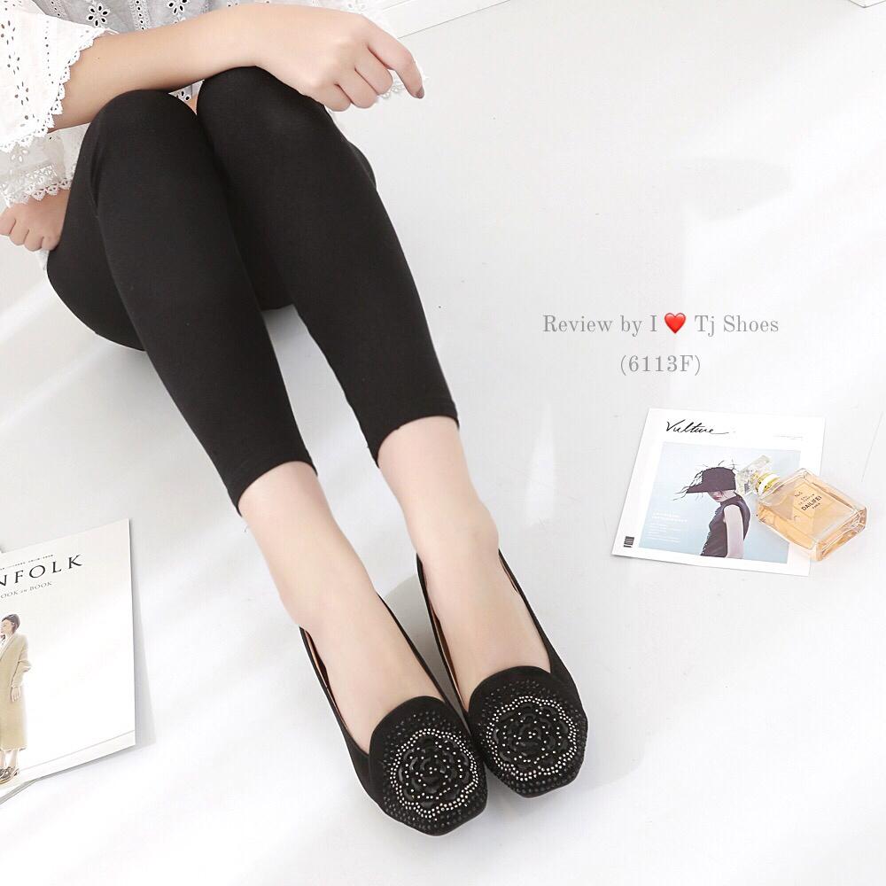 รองเท้าคัทชูส้นเตารีด ลายดอกคามิเลีย(สีดำ)
