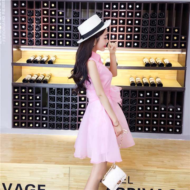 ชุดเดรสแฟชั่นเกาหลีสีชมพูแขนกุดกระโปรงบานสวยๆ