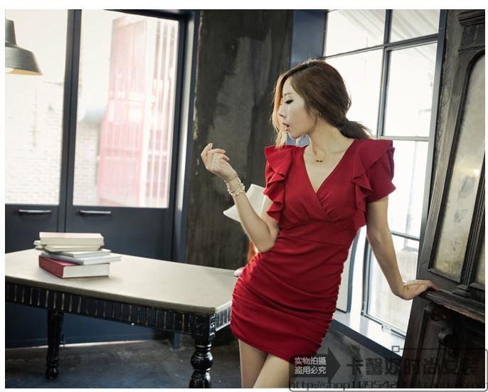 รับตัวแทนจำหน่ายชุดเดรสแฟชั่นเกาหลีสีแดงเข้ารูปสุดเซ็กซี่