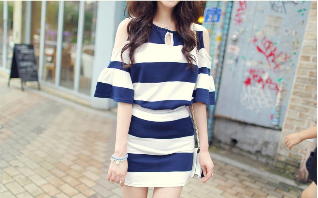 รับตัวแทนจำหน่ายชุดเดรสแฟชั่นเกาหลีลายทางสีน้ำเงินขาวเก๋สุดๆ