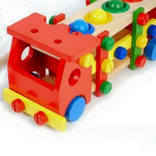 ของเล่นเสริมพัฒนาการ ของเล่น ของเล่นไม้รถน็อตไม้เล่นประกอบ-ถอดชิ้นส่วนได้
