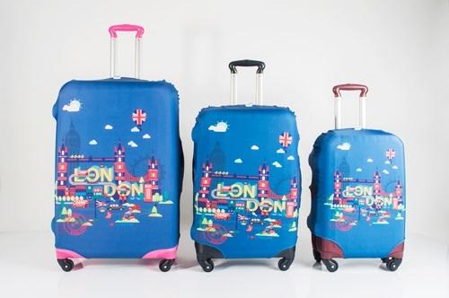 "Luggage Cover - London Size M ( สำหรับกระเป๋าขนาด 24"" )"