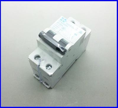 เซอร์กิตเบรกเกอร์ อุปกรณ์ป้องกันไฟฟ้า เบรกเกอร์ป้องกันไฟช็อต MCB HI TEK Circuit Breaker HTB26550 P2 50A