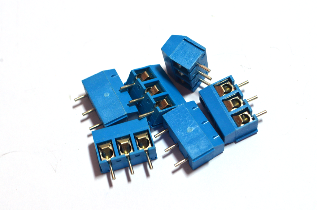 Terminal Connector Blocks 3Pins Pitch 5.0mm (สีฟ้า)