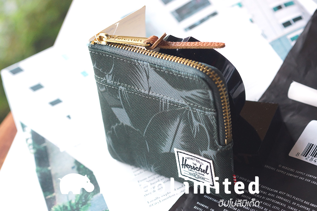 กระเป๋าสตางค์ Herschel Johnny Wallet - Jungle Floral Green