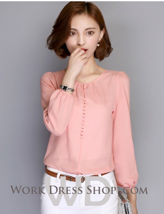 Preorder เสื้อทำงาน สีชมพูโอรส คอกลม แขนยาว แต่งกระดุมเรียงสวย เนื้อผ้าระบายอากาศได้ดี