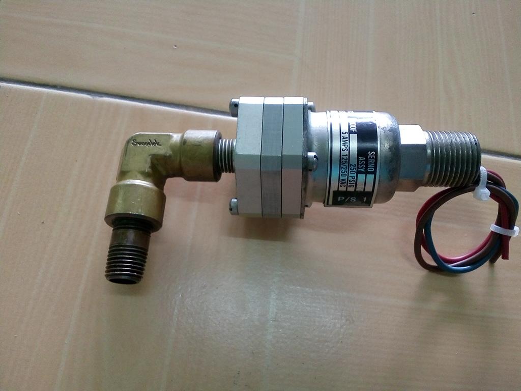 Pressure Switch ITT Neo-Dyn 115PP1C3-438 สินค้ามือ 2