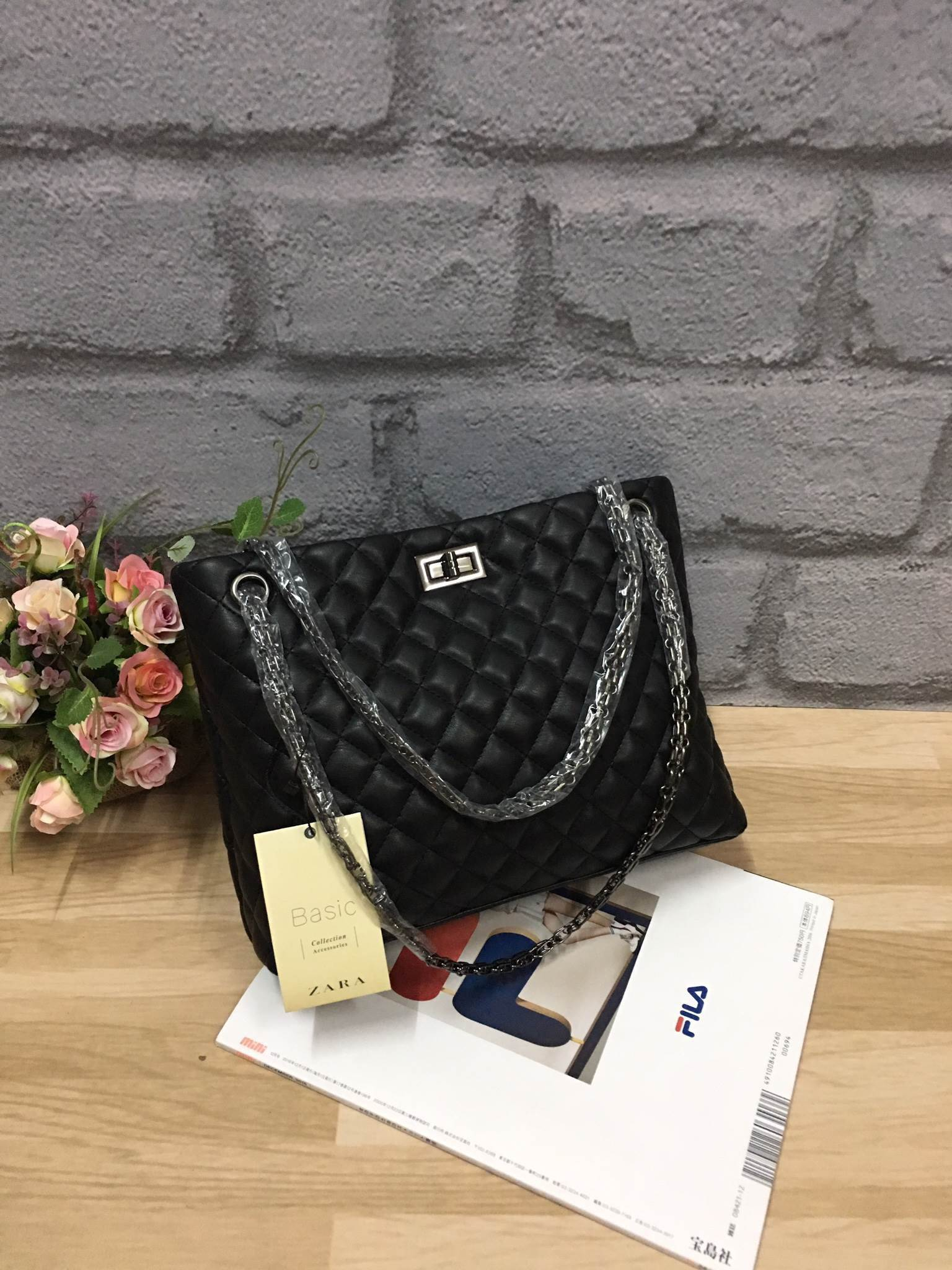 ZARA Chain Shoulder Bag