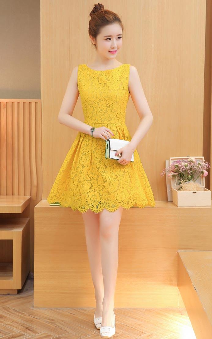 ชุดเดรสลูกไม้ ชุดผ้าลูกไม้สวยๆ น่ารักๆ แฟชั่นเกาหลี มีสีเหลือง เดรสลูกไม้ ส่งฟรี EMS ส่งฟรี EMS แขนกุด ซิบหลัง มีซับใน ใส่สบายๆ