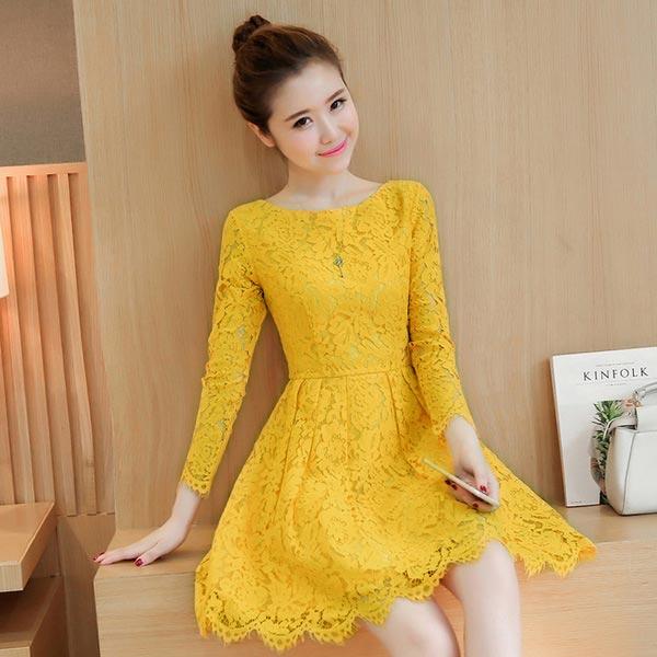 ชุดเดรสลูกไม้สีเหลือง แขนยาว ชุดผ้าลูกไม้สั้นสวยๆ น่ารักๆ แฟชั่นเกาหลี