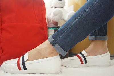รองเท้าสไตล์เกาหลี Loafer -ขาว มีแถบคาด Size 35
