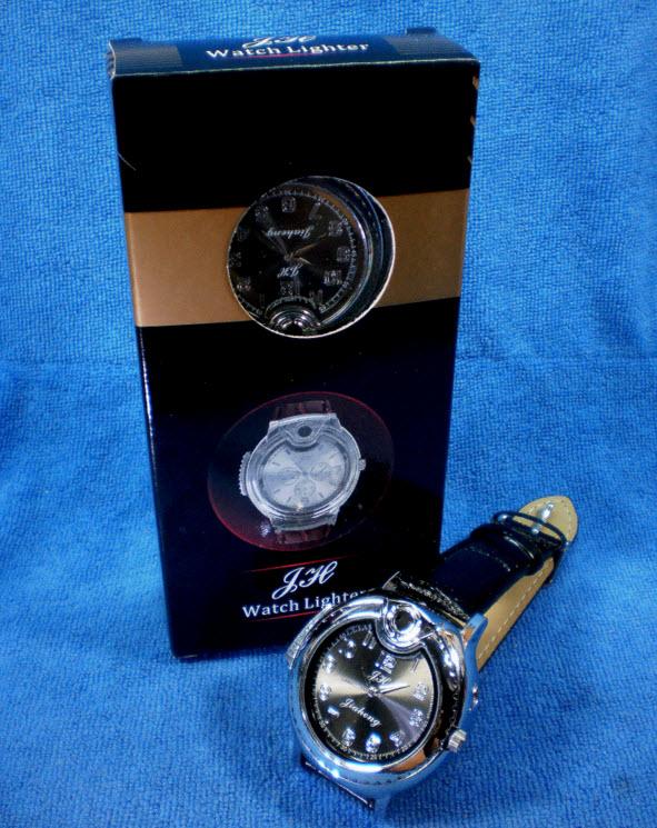นาฬิกาข้อมือผู้ชาย ระบบควอทซ์ JH สายหนัง มีไฟแช็คในตัว