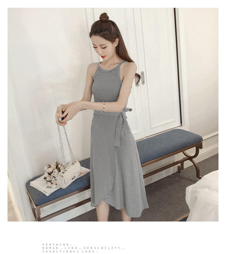 เสื้อผ้าแฟชั่นสไตส์เกาหลี เดรสยาวแขนกุด ลายริ้วสีเทาขาว+พร้อมส่ง+