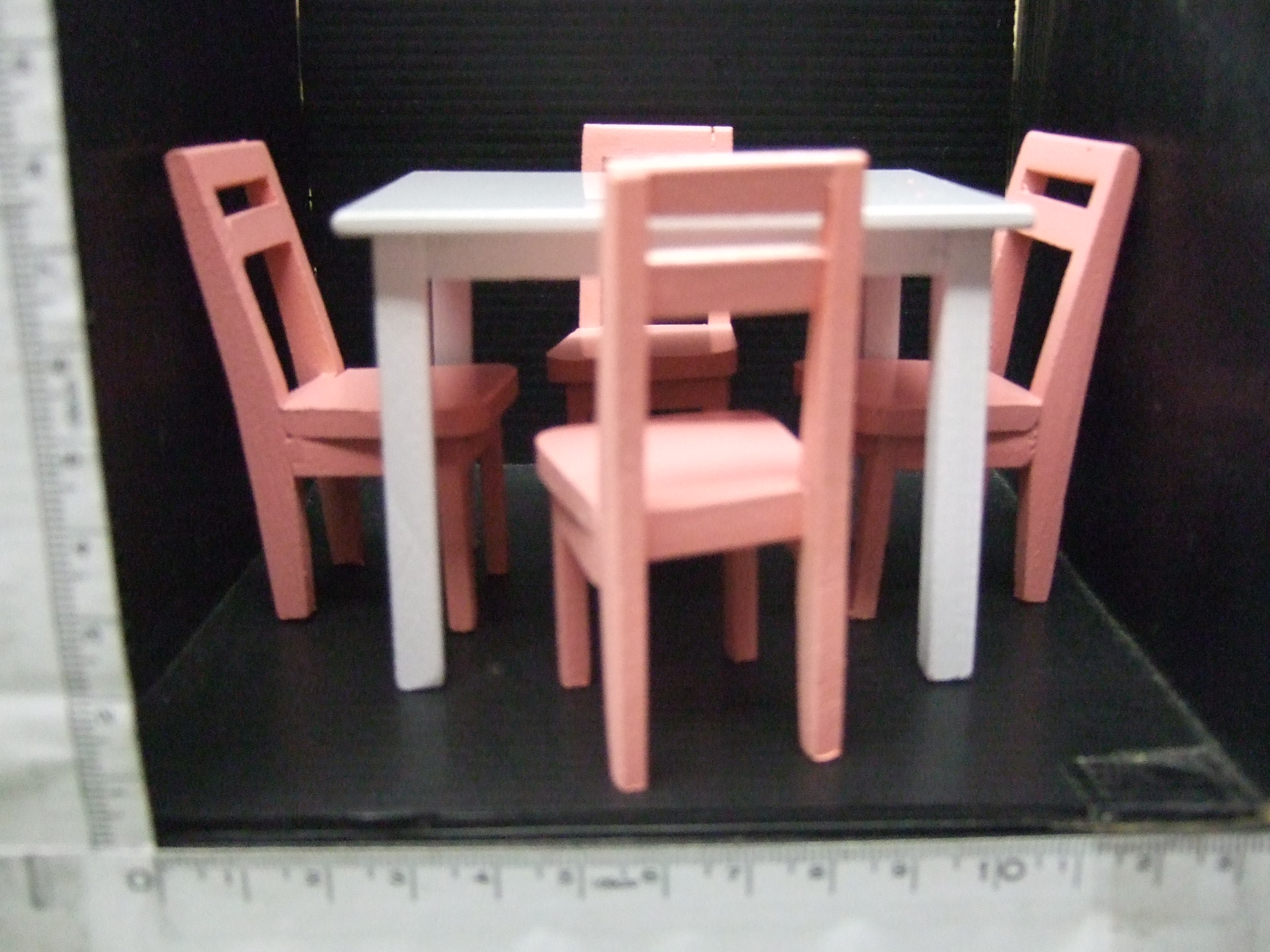 เซทโต๊ะเก้าีอี้จิ๋ว