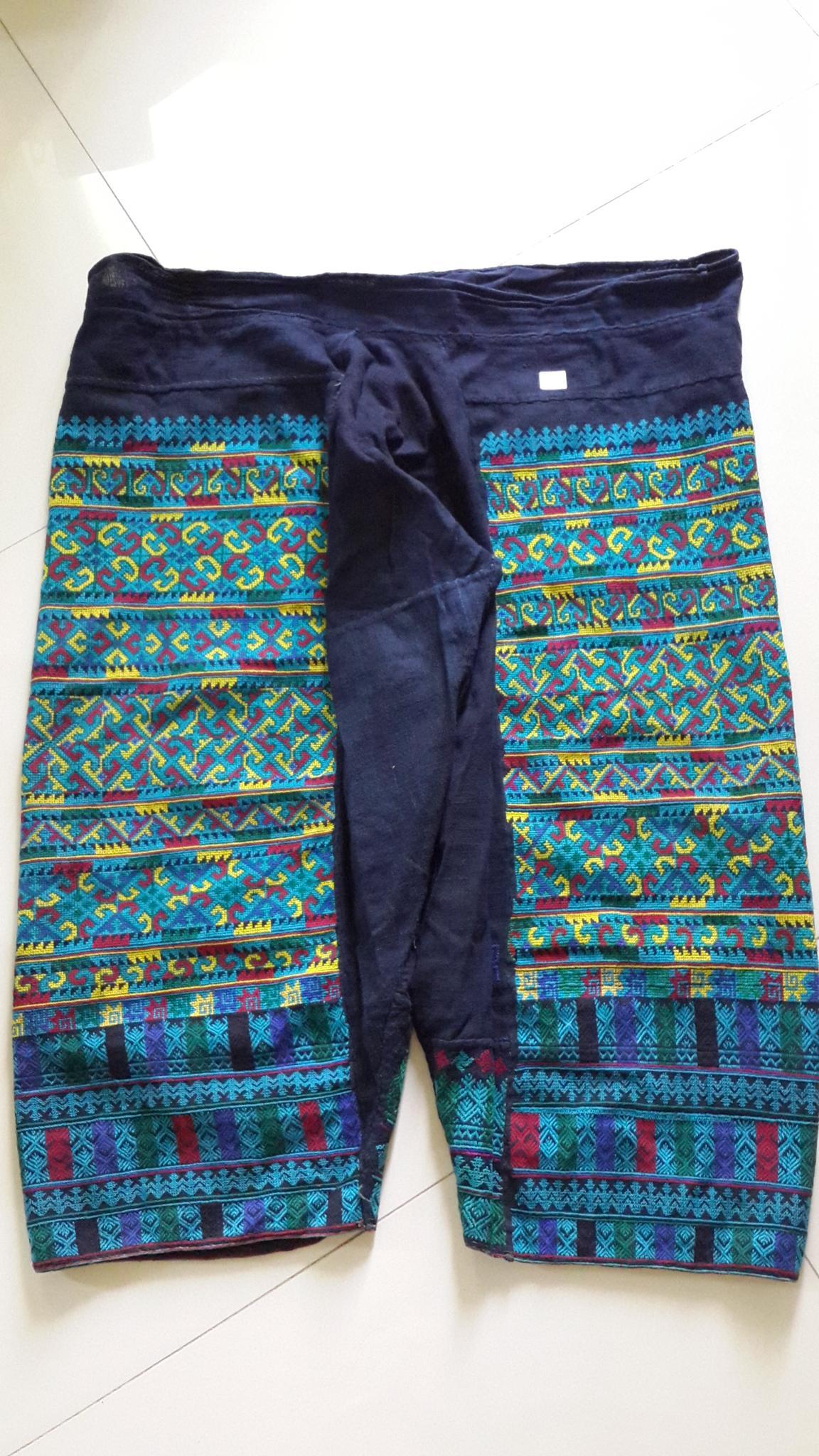 กางเกงปัก สำหรับผู้หญิง โทนสีน้ำเงินสดใส