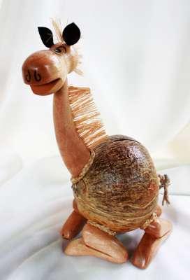 Coconut Shell Lamp (ออมสินกะลามะพร้าวรูปลานั่ง)