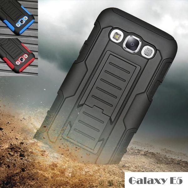 เคส samsung galaxy e5 เคสกันกระแทก สวยๆ ดุๆ เท่ๆ แนวถึกๆ อึดๆ แนวทหาร เดินป่า ผจญภัย adventure เคสแยกประกอบ 3 ชิ้น ชั้นในเป็นยางซิลิโคนกันกระแทก ครอบด้วยแผ่นพลาสติกอีก1 ชั้น กาง-หุบขาตั้งได้ มีปลอกฝาหน้าแบบสวมสไลด์ ใช้หนีบเข็มขัดเพื่อพกพาได้