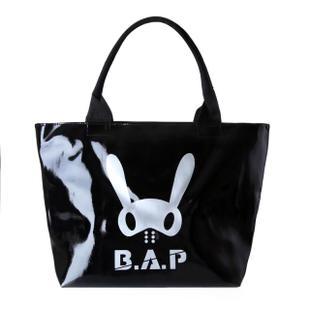 กระเป๋าสะพายไหล่ B.A.P