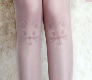 [พร้อมส่ง] T2313 ถุงน่องสีเนื้อ ลายหน้าแมว สีเนื้อ งานน่ารักค่ะ