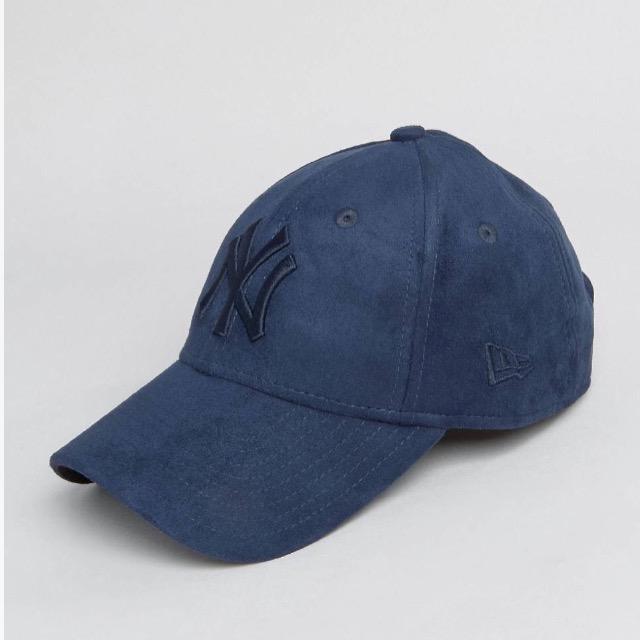 หมวก NEW ERA 9Forty Cap Yankees สีน้ำเงินเข้ม ผ้าหนังกลับ
