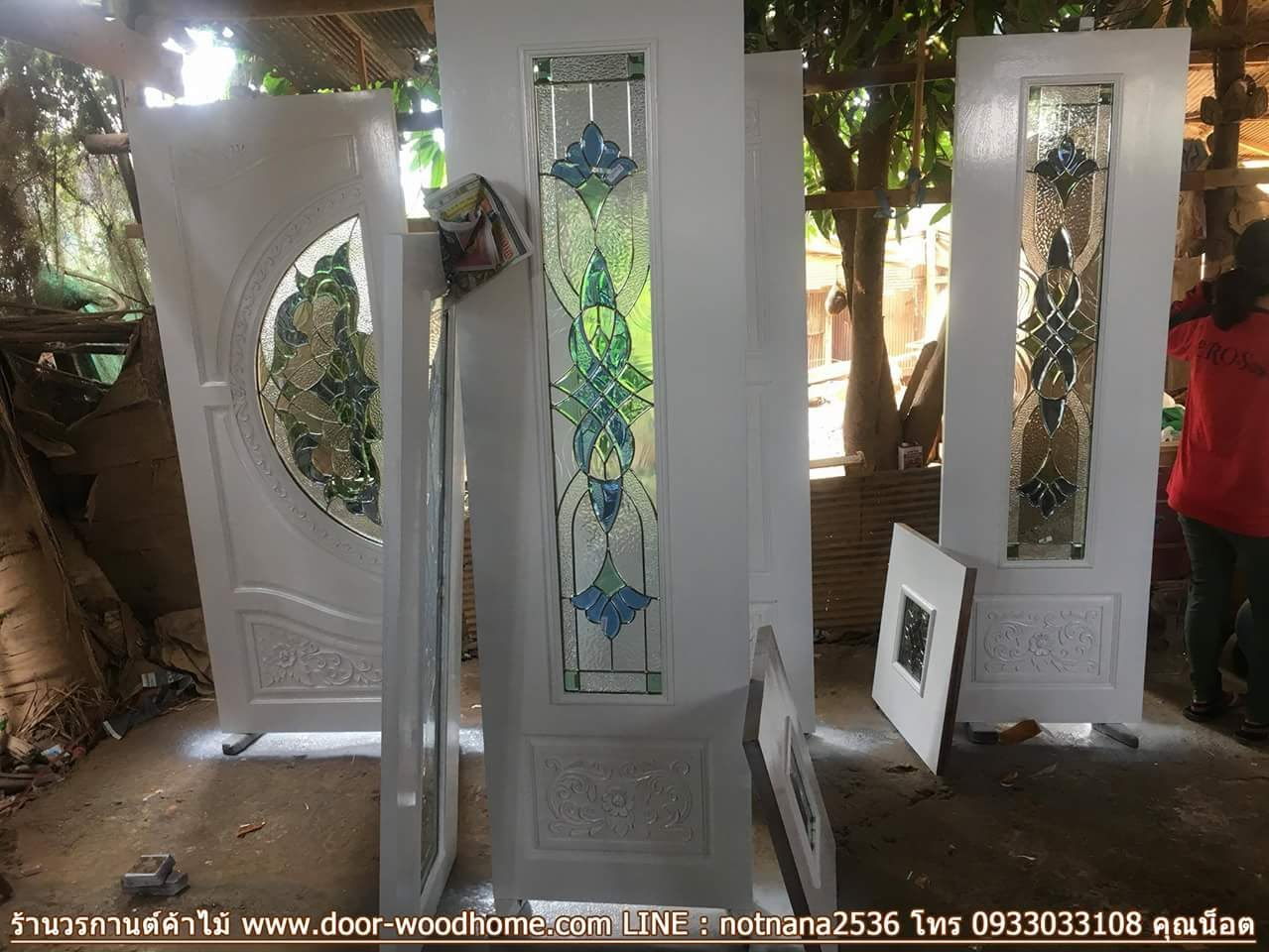 ประตูไม้สักกระจกนิรภัย สีขาว ชุด7ชิ้น เกรดA รหัส AAA69