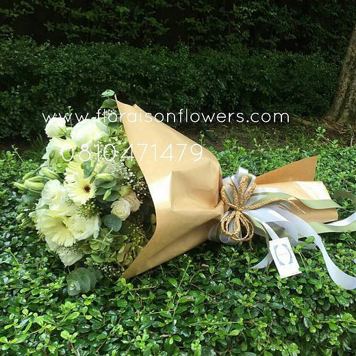 ช่อดอกไม้ สไตล์วินเทจ (M)