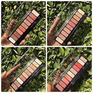 Sivanna Colors Luxury Velvet Eyeshadow HF697 eyeshadow 10 สีในตลับเดียว เนื้อครีม เม็ดสีแน่นละเอียดมาก 120 บาท