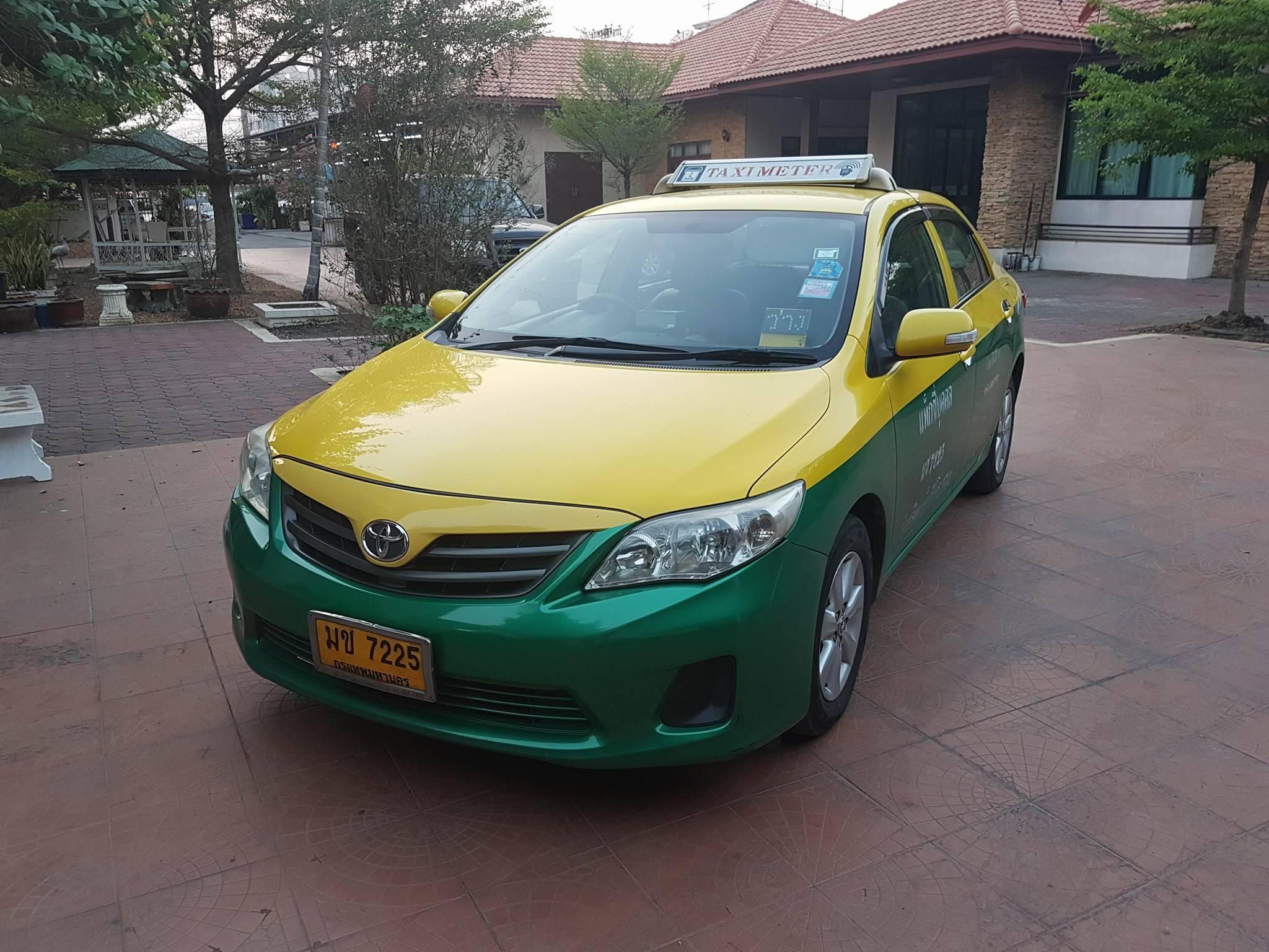 แท็กซี่มือสอง Altis J ปี 2012 เหลือวิ่ง 4 ปี 8 เดือน