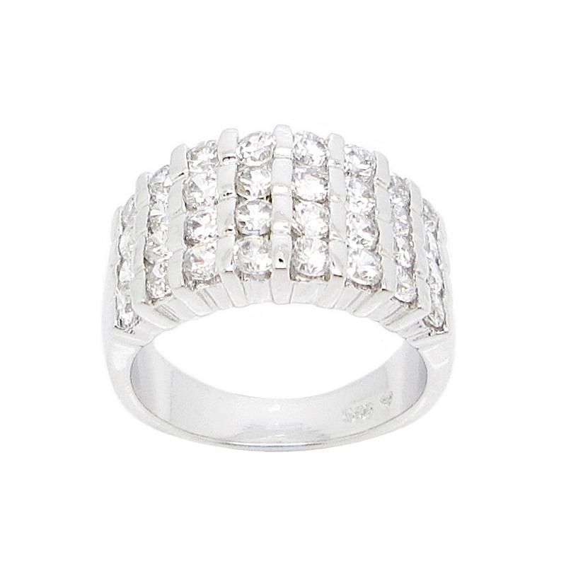แหวนแถวประดับเพชรชุบทองคำขาว