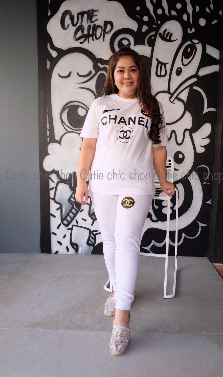 เซ็ทเสื้อแขนสั้นกับกางเกงขายาว สกรีน chanel
