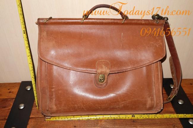 กระเป๋าหนังแท้ COACH (Vintage)