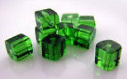ลูกปัดลูกเต๋าใส ขนาด 4x4 ม.ม. สีเขียว / 200 เม็ด