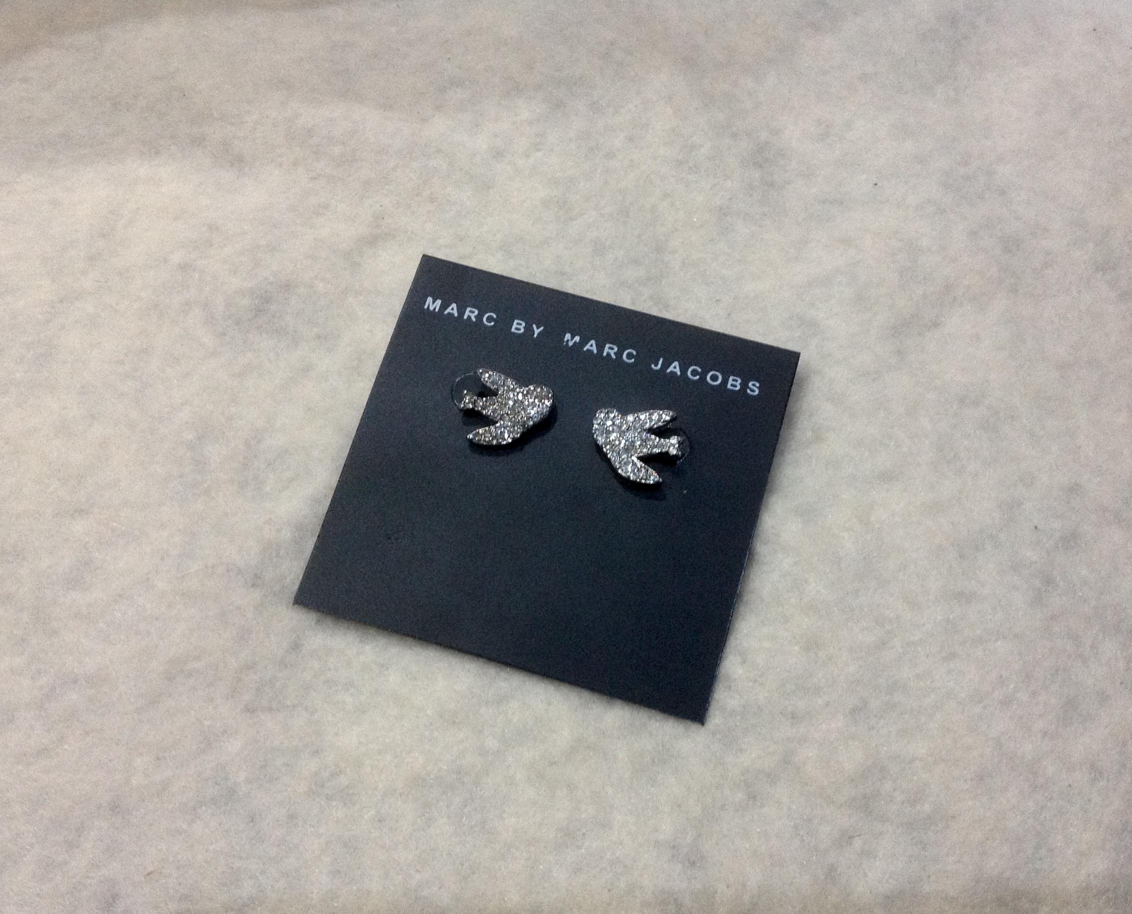 พร้อมส่งค่ะ ต่างหูแป้นนกกางเขน Marc by Marc Jacobs