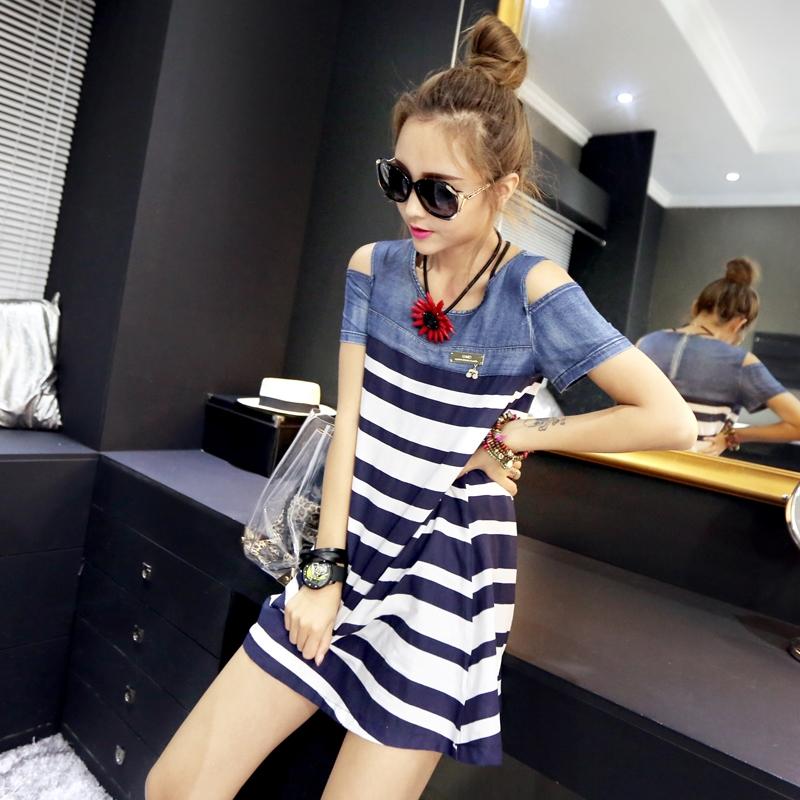 [Preorder] เดรสยีนส์แฟชั่นแขนสั้นเปิดไหล่ ลายขวาง สีน้ำเงินขาว (ไซส์ M L XL) 2015 summer new denim stitching striped strapless loose Maternity Dresses