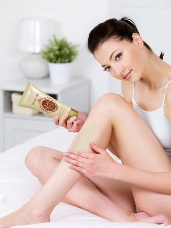 Verena Kawaii Vink Whitening Gold Royal Jelly Body Scrub