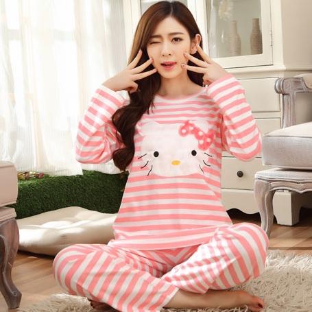 [Preorder] ชุดนอนแฟชั่น Hello Kitty เสื้อแขนยาวกางเกงขายาว สีชมพู (ไซส์ M L XL XXL XXXL) hellokitty cotton sleepwear female autumn big yards female long-sleeved pajama suit tracksuit cartoon cute spring and autumn