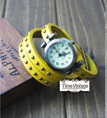 นาฬิกาหนัง พันข้อมือ 3 รอบ-สีเหลือง (ฟรีค่าจัดส่ง EMS)
