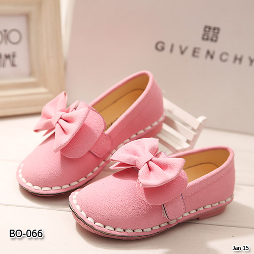 BO-066 รองเท้า (ไซส์ 26-30)