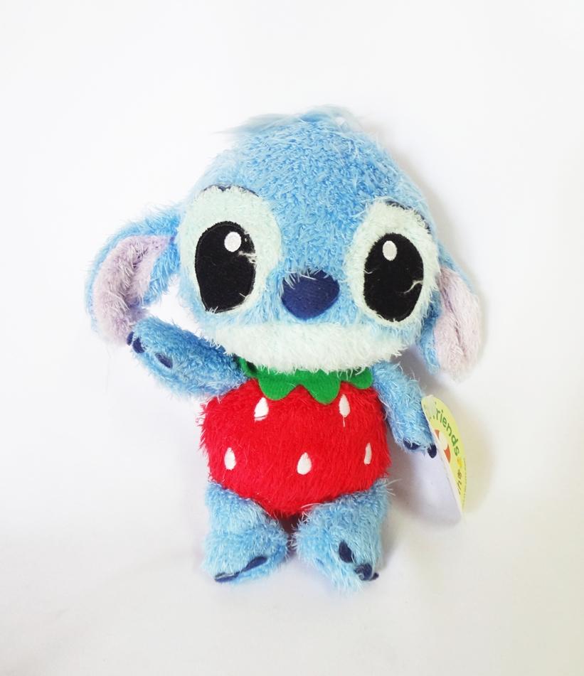 ตุ๊กตา Red Strawberry Stitch