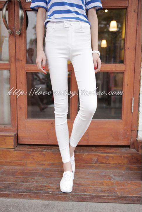 กางเกงเลกกิ้ง สีขาว พร้อมส่ง