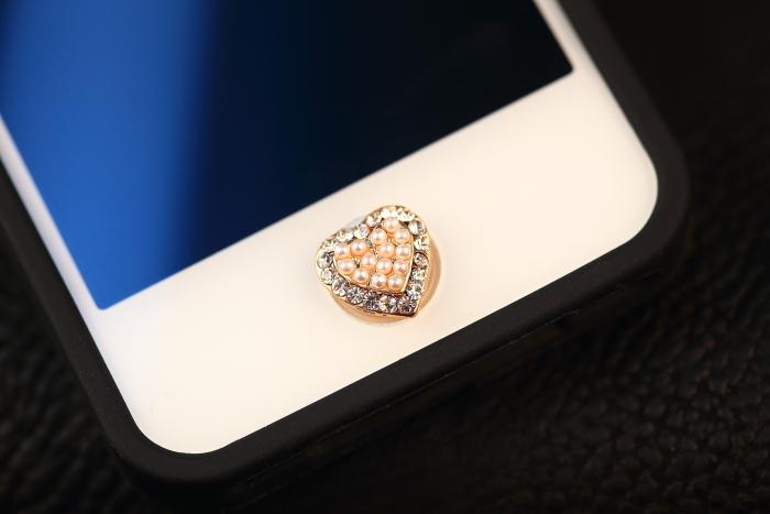 ปุ่มโฮมไอโฟนประดับเพชรมุก รูปหัวใจ