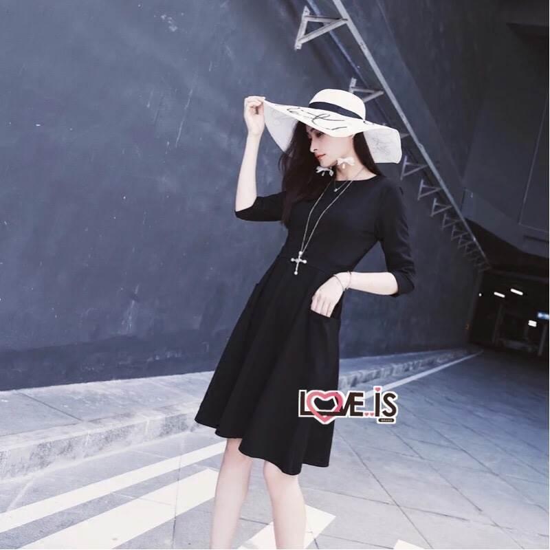 Dressแขนยาวสี่ส่วน ผ้าเรียบสีดำ พร้อมส่ง